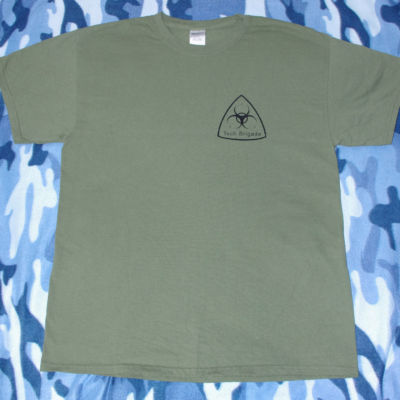 Merchandise T-shirt -  black on military green - Front
